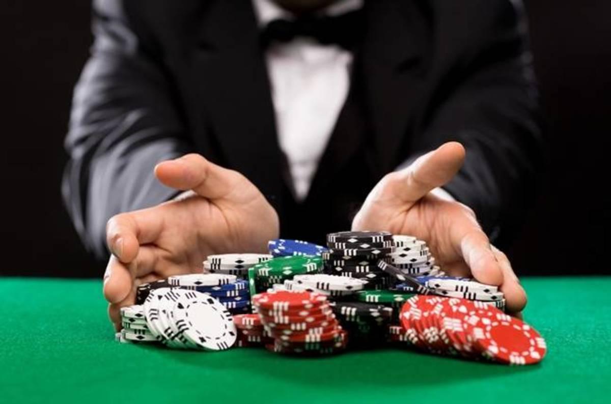 Maniaqq Poker